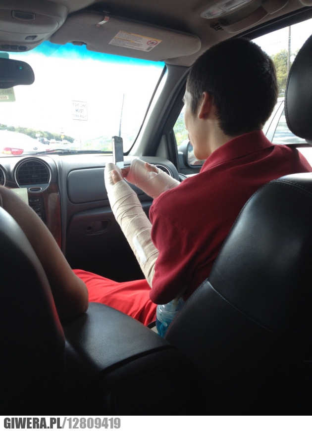 złamana ręka,sms,gips