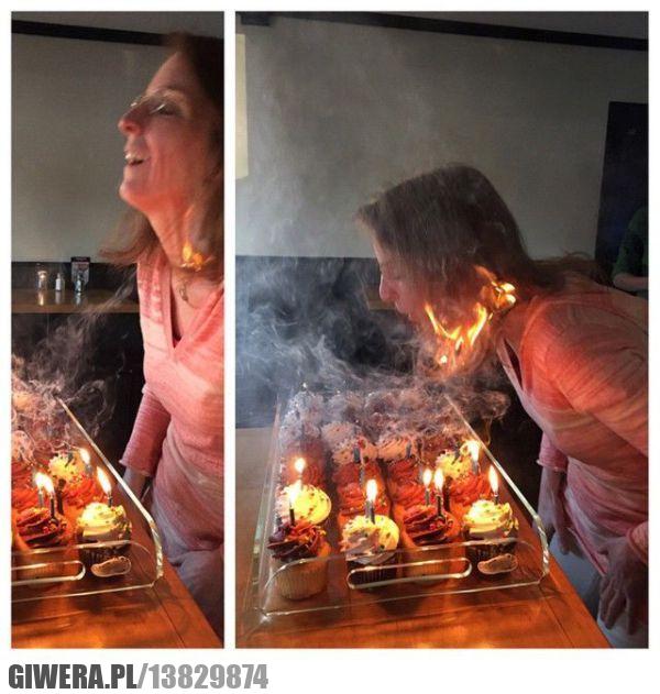 Zdmuchiwanie świeczek,włosy,podpalenie,babeczka,świeczka,ogień