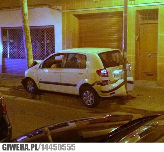 auto, drzewa, wtf, parkowanie,