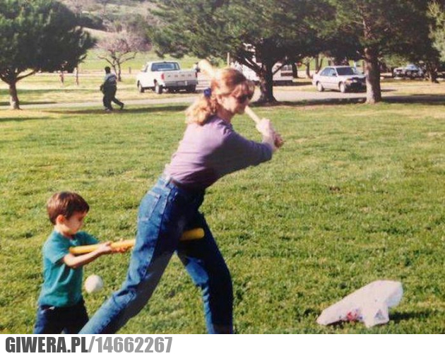 Kochany synuś,Baseball,Matka