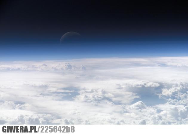 Księżyc,ISS,Międzynarodowa stacja kosmiczna