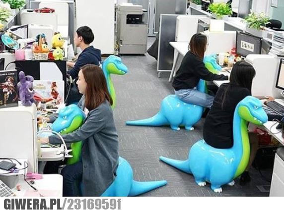 biuro,Japonia,dinozaur,krzesło