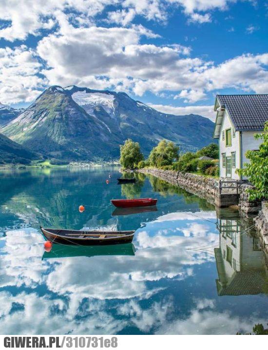 Oppstryn,Wieś w Norwegii,Earthporn