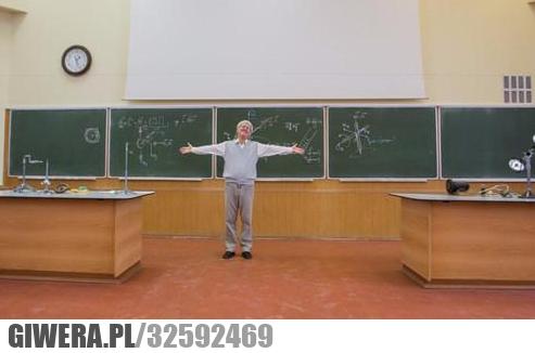 Reakcja profesora kiedy wszyscy przyszli na wykład